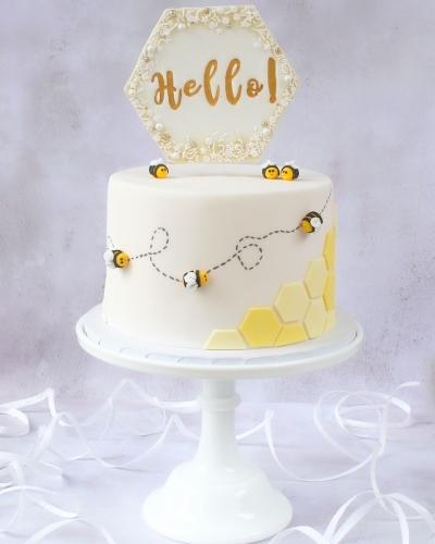 Honey-Bee-Cake-Honey-Lane-Bakery-Henley-4-1