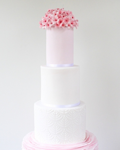 Hydrangea-Pink-Wedding-Cake-Honey-Lane-Bakery-Henley-2
