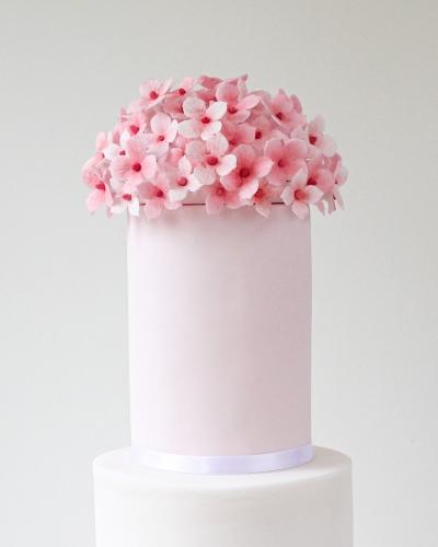 Hydrangea-Pink-Wedding-Cake-Honey-Lane-Bakery-Henley-3